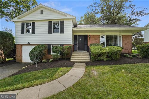 Photo of 1609 CRESTLINE RD, SILVER SPRING, MD 20904 (MLS # MDMC725576)