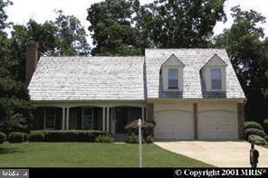 Photo of 5203 GLEN MEADOW RD, CENTREVILLE, VA 20120 (MLS # VAFX1171580)