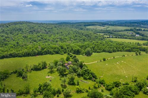Photo of 40860 BROWNS LN, WATERFORD, VA 20197 (MLS # VALO412580)
