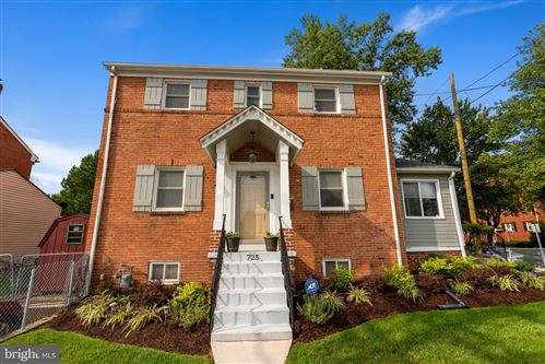 Photo of 725 UNIVERSITY BLVD E, SILVER SPRING, MD 20903 (MLS # MDMC725582)
