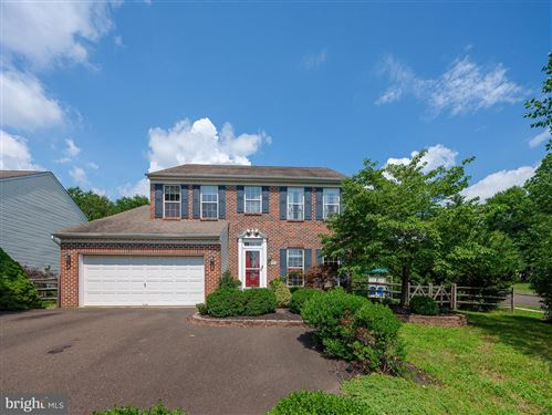 Photo of 101 LAKEVIEW DR, NEW HOPE, PA 18938 (MLS # PABU503582)