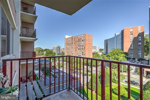 Photo of 1220 BLAIR MILL RD #508, SILVER SPRING, MD 20910 (MLS # MDMC723584)