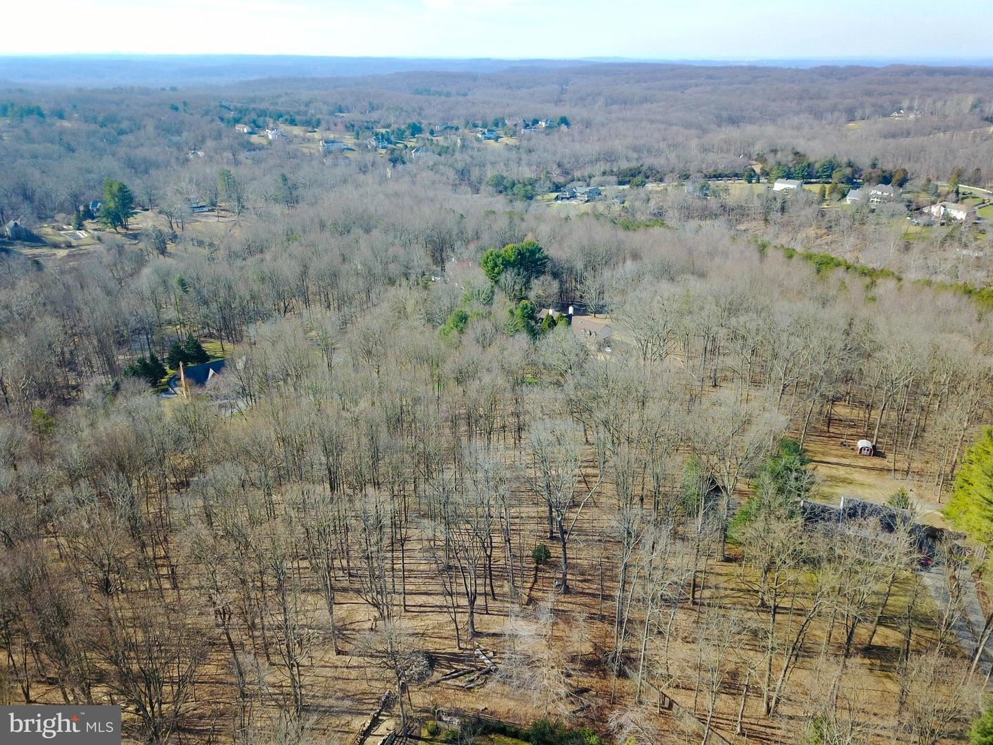 Photo of 13226 QUERY MILL RD, NORTH POTOMAC, MD 20878 (MLS # MDMC696584)