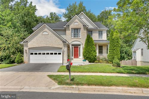 Photo of 21207 HICKORY FOREST, GERMANTOWN, MD 20876 (MLS # MDMC2008586)
