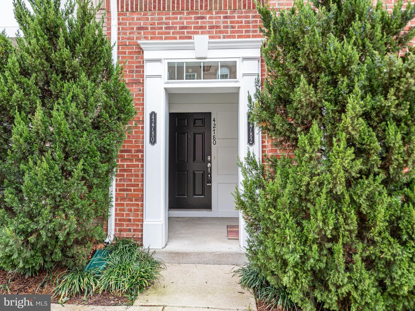 Photo of 42780 LAUDER TER, ASHBURN, VA 20147 (MLS # VALO421586)
