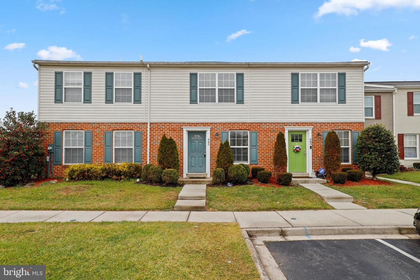 Photo of 485 ARWELL CT, FREDERICK, MD 21703 (MLS # MDFR275588)