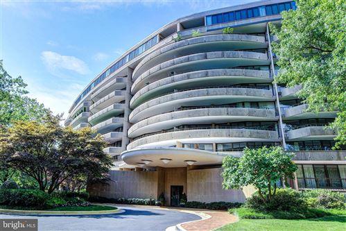 Photo of 4200 MASSACHUSETTS AVE NW #505, WASHINGTON, DC 20016 (MLS # DCDC494590)