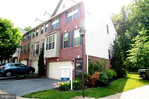 Photo of 15512 THISTLEBRIDGE CT, ROCKVILLE, MD 20853 (MLS # MDMC702590)