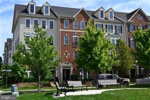 Photo of 645 WHETSTONE GLEN ST, GAITHERSBURG, MD 20877 (MLS # MDMC663592)