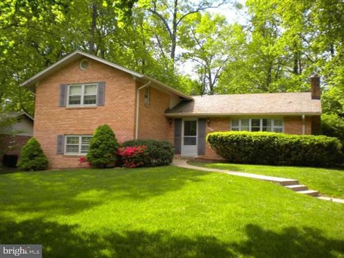 Photo of 6624 SULKY LN, ROCKVILLE, MD 20852 (MLS # MDMC707594)