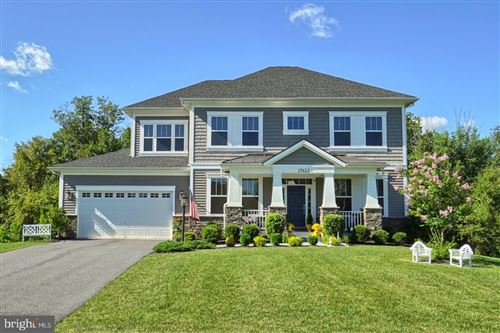 Photo of 19612 LEWIS ORCHARD LN, POOLESVILLE, MD 20837 (MLS # MDMC723596)