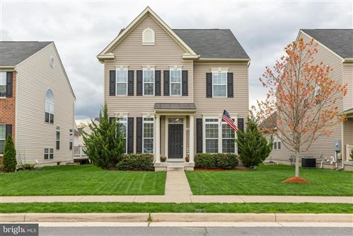 Photo of 26042 FIRST FROST WAY, CHANTILLY, VA 20152 (MLS # VALO435596)