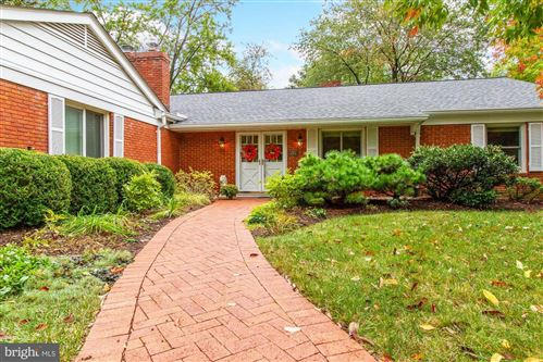 Photo of 401 S CHERRY GROVE AVE, ANNAPOLIS, MD 21401 (MLS # MDAA2000597)