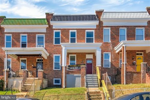 Photo of 606 ALLENDALE ST, BALTIMORE, MD 21229 (MLS # MDBA533598)