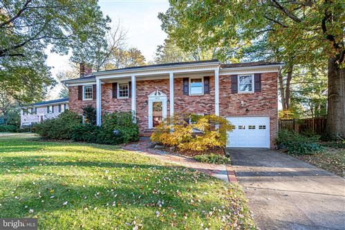 Photo of 7822 FRIARS CT, ALEXANDRIA, VA 22306 (MLS # VAFX1099598)