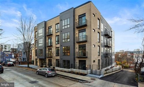 Photo of 1016 17TH PL NE #001, WASHINGTON, DC 20002 (MLS # DCDC499600)