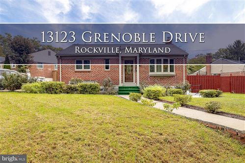 Photo of 13123 GRENOBLE DR, ROCKVILLE, MD 20853 (MLS # MDMC727600)