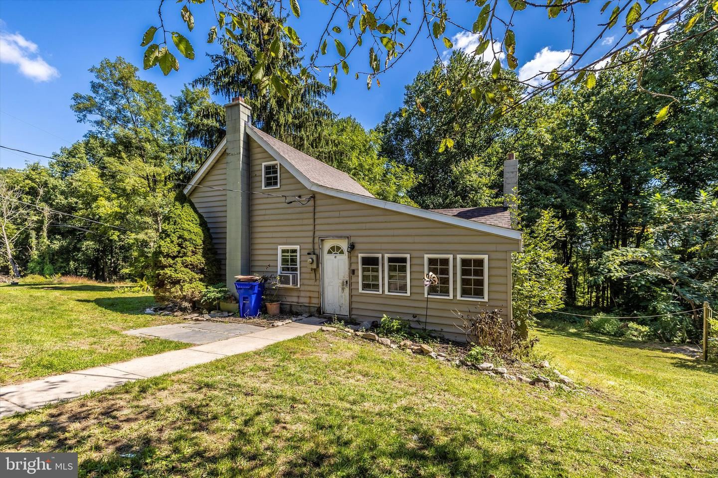 Photo of 7029 MOUNTAIN CHURCH RD, MIDDLETOWN, MD 21769 (MLS # MDFR2006604)