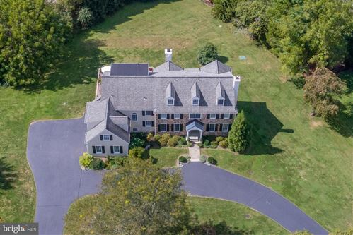Photo of 7 DUNMINNING RD, NEWTOWN SQUARE, PA 19073 (MLS # PADE517606)