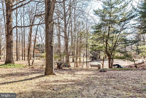 Photo of 4311 HOLLY RIDGE RD, ROCKVILLE, MD 20853 (MLS # MDMC703608)