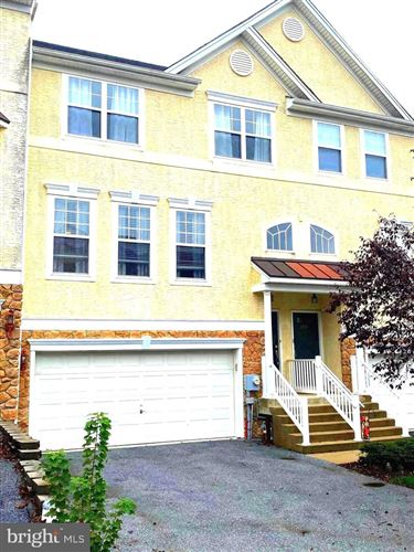 Photo of 2709 STOCKLEY LN, DOWNINGTOWN, PA 19335 (MLS # PACT519608)
