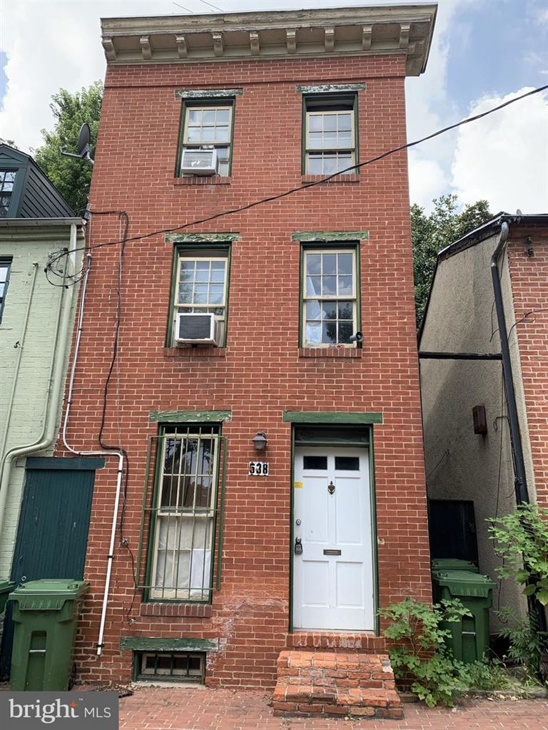 Photo for 538 SAINT MARY ST, BALTIMORE, MD 21201 (MLS # MDBA478608)
