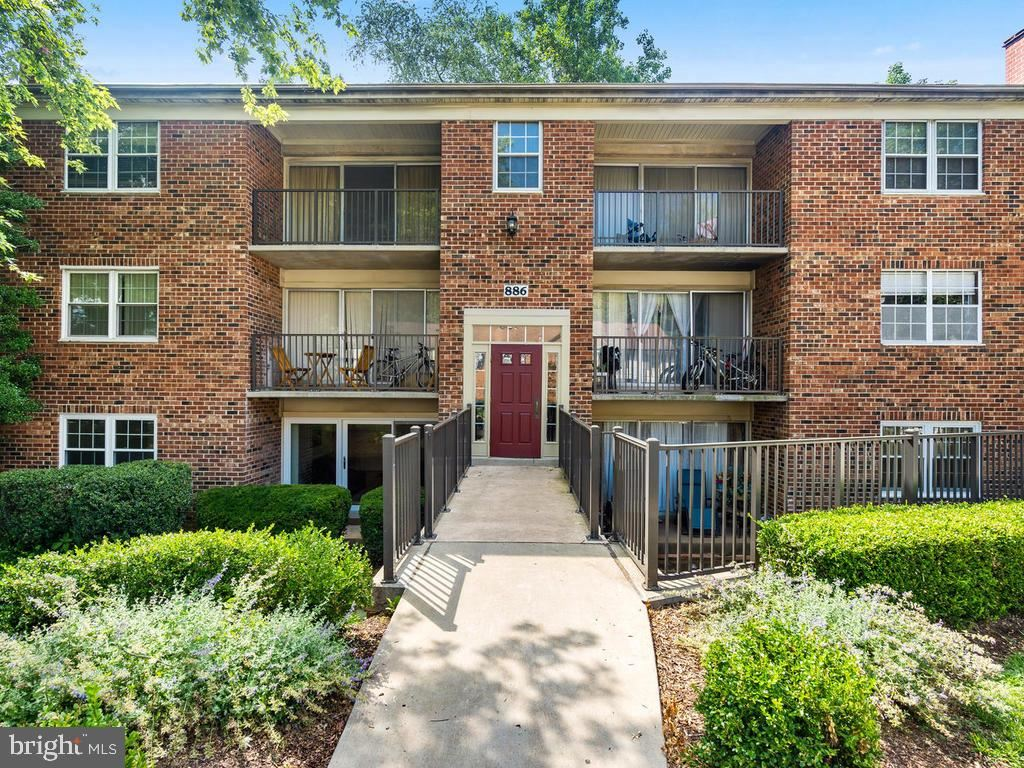 Photo of 886 COLLEGE PKWY #101, ROCKVILLE, MD 20850 (MLS # MDMC715608)