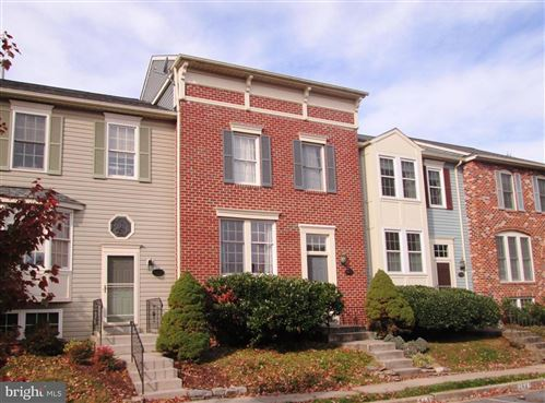 Photo of 2433 DUNMORE CT, FREDERICK, MD 21702 (MLS # MDFR256612)