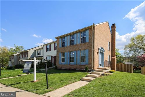 Photo of 44048 FERNCLIFF TER, ASHBURN, VA 20147 (MLS # VALO435612)