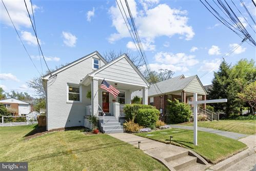 Photo of 501 S HIGHLAND ST, ARLINGTON, VA 22204 (MLS # VAAR181614)