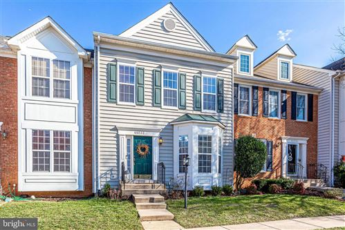 Photo of 44032 KINGS ARMS SQ, ASHBURN, VA 20147 (MLS # VALO401614)