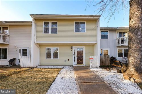 Photo of 6 WEDGEDALE DR, STERLING, VA 20164 (MLS # VALO401616)