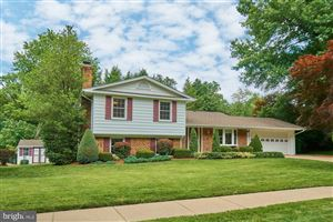 Photo of 7204 IDYLWOOD CT, FALLS CHURCH, VA 22043 (MLS # VAFX1071618)