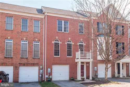 Photo of 46 WADDINGTON LN, ROCKVILLE, MD 20850 (MLS # MDMC700624)