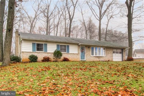 Photo of 769 SUMMIT DR, DALLASTOWN, PA 17313 (MLS # PAYK129624)