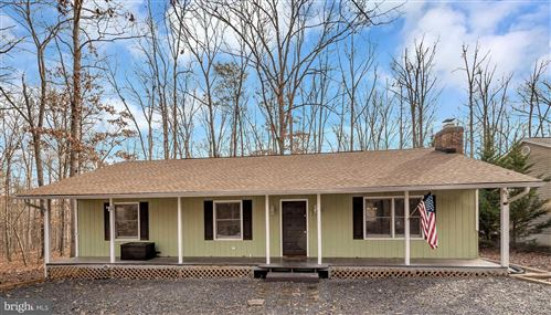 Photo of 211 YORKTOWN BLVD, LOCUST GROVE, VA 22508 (MLS # VAOR135624)