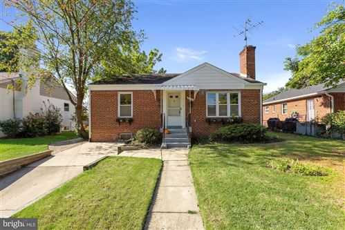 Photo of 2828 HARDY AVE, SILVER SPRING, MD 20902 (MLS # MDMC2015626)
