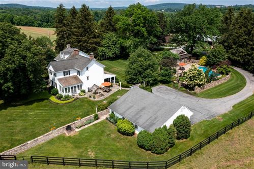 Photo of 513 PUGHTOWN RD, SPRING CITY, PA 19475 (MLS # PACT2000626)