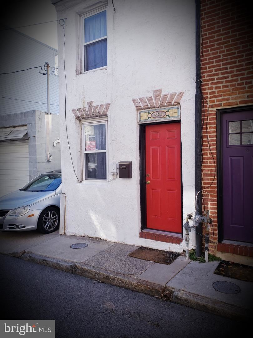 224 S DURHAM ST, Baltimore, MD 21231 - MLS#: MDBA533628