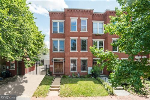 Photo of 302 12TH ST SE, WASHINGTON, DC 20003 (MLS # DCDC499630)