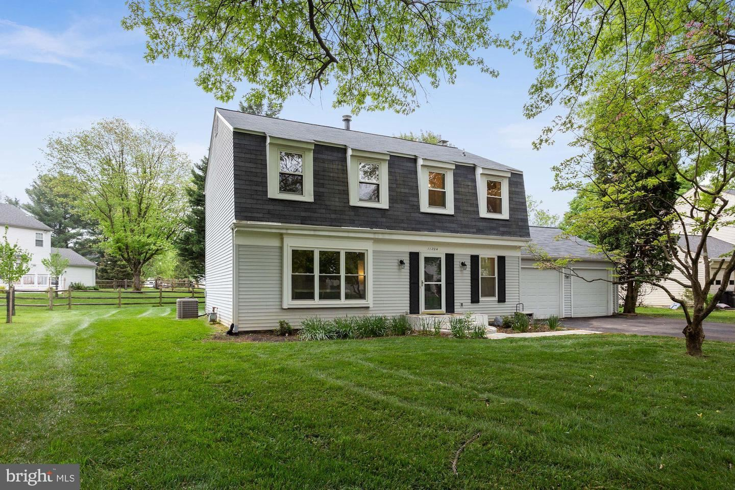 Photo of 11204 FREAS DR, NORTH POTOMAC, MD 20878 (MLS # MDMC755630)