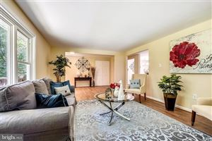 Photo of 664 W CENTRAL AVE, DAVIDSONVILLE, MD 21035 (MLS # MDAA406634)