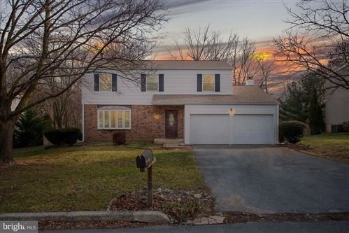 Photo of 640 CARDINAL DR, HARRISBURG, PA 17111 (MLS # PADA128634)