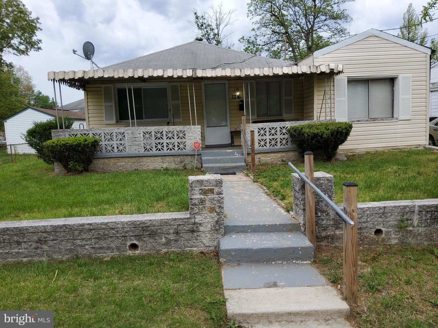 Photo for 1216 FARMINGDALE AVE, CAPITOL HEIGHTS, MD 20743 (MLS # MDPG604634)