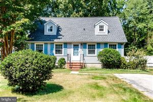 Photo of 402 HARBOR DR, ANNAPOLIS, MD 21403 (MLS # MDAA404636)