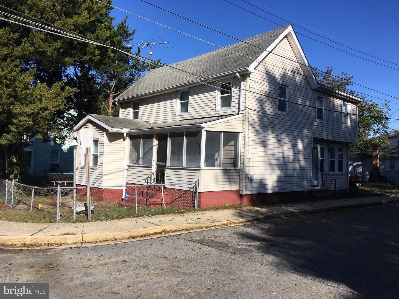 Photo for 417 LINCOLN ST, DENTON, MD 21629 (MLS # MDCM124636)