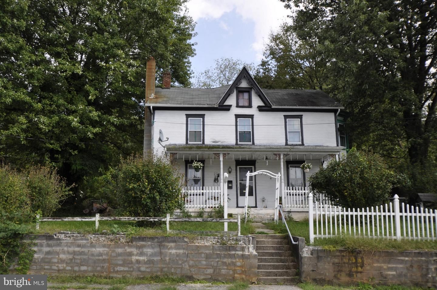 Photo of 50 SAINT PAUL ST, BOONSBORO, MD 21713 (MLS # MDWA170636)