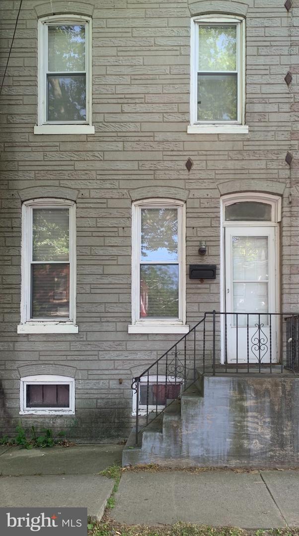 429 STUYVESANT AVE, Trenton, NJ 08618 - #: NJME296636
