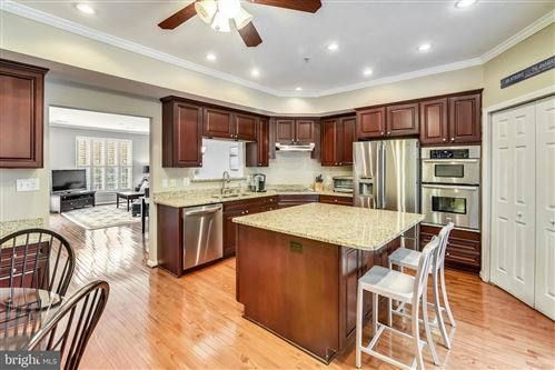 Photo of 24 HARBOUR HEIGHTS DR, ANNAPOLIS, MD 21401 (MLS # MDAA413638)