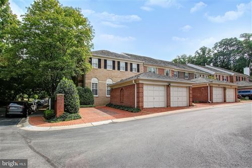 Photo of 5900 MAPLEWOOD PARK PL, BETHESDA, MD 20814 (MLS # MDMC725640)